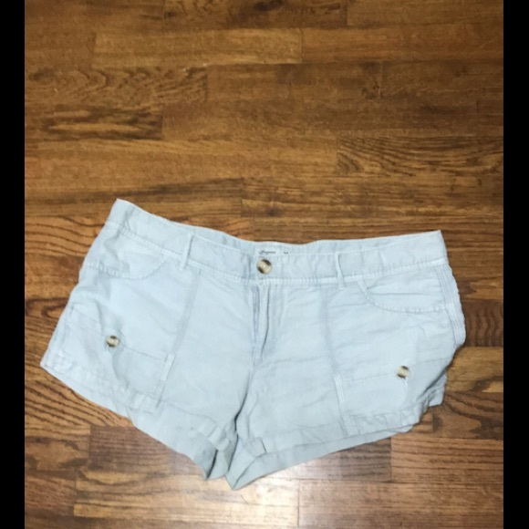 American Eagle Outfitters Pants - AE shorts. Size 12